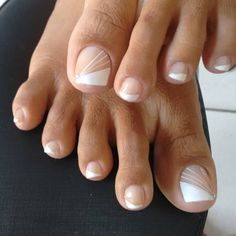 Make an original manicure for Valentine's Day - My Nails Pedicure Nail Art, Toe Nail Art, Nail Manicure, Toe Nails, French Manicure Designs, Toe Nail Designs, Gorgeous Nails, Pretty Nails, American Nails