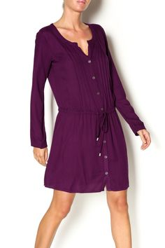A great fitting shirt dress in a beautiful orchid hue featuring pleating down the front and back as well as a tie waist for a bloused look. Removable slip underneath. Wear it now on a cooler night with sandals and into the fall with a pair of boots!   Orchid Stella Shirtdress by Ella Moss. Clothing - Dresses - Casual Clothing - Dresses - Long Sleeve Clothing - Dresses - Knee New York