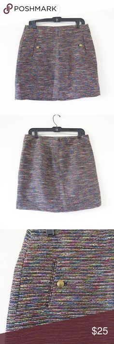 "Ann Taylor Multi Color Tweed Skirt Item is in very good condition. Very minor flaws will be pictured if any. See photos.    Approximate flat measurements:  Length: 18""    I do my best to check for holes and stains and describe items accurately. Any flaws are noted and photographed. Please see measurements for sizing.   I31 Ann Taylor Skirts Mini"