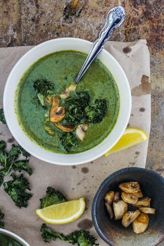 Asian Kale Coconut Soup 1 bunch curly kale 2 tbsp. olive oil 2 cloves garlic, finely chopped 1/2 red onion, thinly sliced 1 tbsp Thai Green curry paste 1/2 cup vegetable stock/chicken stock 1 can coconut milk (400 ml) salt, to season 1 tbsp grated palm sugar/ brown sugar 1 tbsp lemon juice