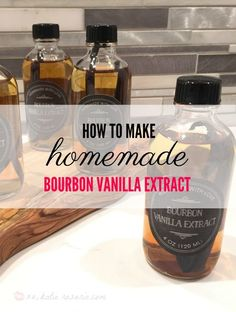 How to Make Homemade Bourbon Vanilla Extract Did you know you can make your own vanilla extract? Learning how to make homemade vanilla extract is the easiest thing ever it requires only 2 ingredients! Orange Extract Recipes, Homemade Vanilla Extract, Mint Extract, How To Make Bourbon, Vodka Mixes, Food Words, Small Bottles, How To Make Homemade, Makati