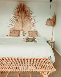 undefined Serene Bedroom, Cozy Bedroom, Dream Bedroom, 60s Bedroom, Bedrooms, Minimalist Bed, Surf Decor, Dreams Beds, Diy Home Decor Bedroom