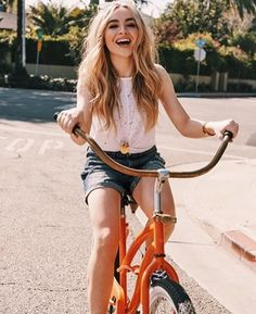 elebrity addresses free for Fan mail ccontacting celebrities and receiving free celebrity autographs and photos in the mail! Sabrina Carpenter Outfits, Foto Casual, Girl Meets World, Woman Crush, Gorgeous Women, My Girl, Cute Outfits, Celebs, Female