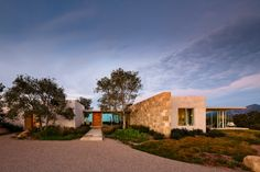 Pictures - Carpinteria Foothills Residence - East Facade - Architizer