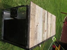 Awesome Rustic Cooler From Broken Refrigerator and Pallets : 11 Steps (with Pictures) - Instructables Paint Refrigerator, Outdoor Refrigerator, Wood Cooler, Diy Cooler, Wood Shop Projects, Diy Projects, Homemade Cooler, Refrigerator Cooler, Outdoor Cooler