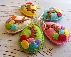 Easter bunny eggs, Felt Easter decoration - felt egg with bunny, Easter decor, felt Easter decor, felt Easter eggs - 1 ornament