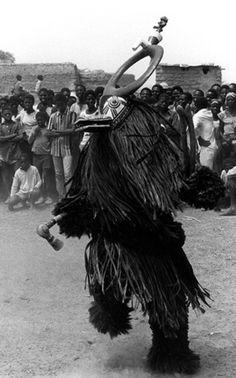 Animal Head Masks, Animal Heads, African Tribes, African Art, Arte Tribal, Black Art Pictures, African Animals, Conceptual Art, Horror Art