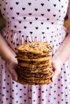 These Giant Salted Tahini Chocolate Chip Cookies are crunchy on the edges, soft in the middle, have pockets of melted chocolate and a salty hit from tahini. Kinds Of Cookies, Cookies And Cream, Making Cookies, Chocolate Biscuits, Chocolate Chip Cookies, Chocolate Chips, Tea Cakes, Shortbread, Macarons