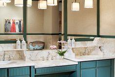 DESIGNER SPOTLIGHT: This is a stunning bathroom design by Kim Anderson design in Phoenix, AZ.