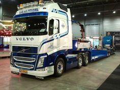 Netherlands - VOLVO 500