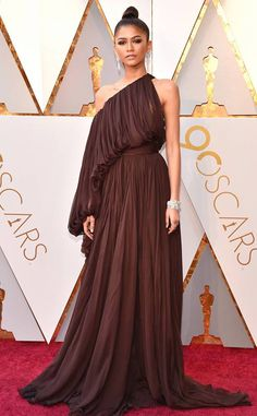 oscars-2018-academy-awards-red-carpet-best-dressed-celebrity-style-fashion-actresses-haute-couture-gorgeous-arrivals-glamour-hollywood-zendaya-giambattista-valli