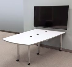 Table T526-M RDY2GO® features wheels and no under table pedestal and no monitor mount. The table comes in a variety of wood grain or solid colors that are sure to compliment any presentation environment.