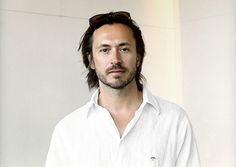 Look who's now working for Apple Inc. | Industrial designer Marc Newson is the latest in a long list of high-profile hires. (07/09/14) || Selection