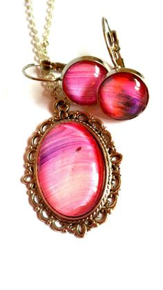 #pink #purple #painting #brush #art #jewelry #jewelryset #dangle #earrings #pendant #necklace #spring #easter #mothersday #birthday #anniversary #graduation #love #gift #mother #daughter #wife #girlfriend #sister  jewelryagnes.etsy.com Purple Painting, Dangle Earrings, Pendant Necklace, Jewelry Art, Unique Jewelry, Spring Colors, Pink Purple, Jewerly, Graduation