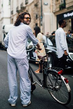 Street looks à la Fashion Week homme printemps-été 2017 de Paris