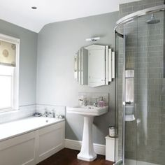 After grey bathroom ideas? Grey bathrooms are very popular right now. Take a look at these fabulous dream bathroom schemes for grey bathroom inspiration Small White Bathrooms, Light Grey Bathrooms, Gray Bathroom Decor, Gray And White Bathroom, Art Deco Bathroom, Bathroom Styling, Beautiful Bathrooms, Small Bathroom, Bathroom Ideas