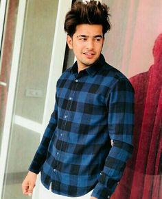 Jass manak Stylish Mens Haircuts, Haircuts For Men, Punjabi Boys, Swag Boys, Boys Dpz, Stylish Boys, Boy Poses, Famous Singers, Actor Photo