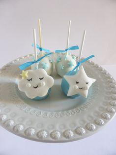 Cakepops para batizado de menino - Nuvens e Estrelas