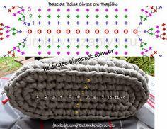 Crochet purse bottom handbags ideas for 2019 Crochet Clutch, Crochet Handbags, Crochet Purses, Crochet Motifs, Crochet Yarn, Crochet Stitches, Knitting Patterns, Crochet Patterns, Diy Crafts Crochet