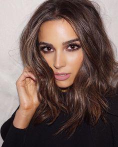 "54.6k aprecieri, 411 comentarii - Olivia Culpo (@oliviaculpo) pe Instagram: ""Goth glam tonight! Repost @makeupbyliz .. hair by @justinemarjan and makeup by @makeupbyliz ❤️"""