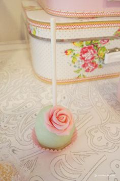 cakepop for this light green and pink girl baptism party/bby shower