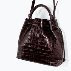 Image 6 of CROC LEATHER BUCKET BAG from Zara
