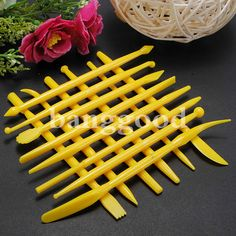 14Pcs Fondant Cake Decorating Tools Flower Cutters Free Shipping! - US$3.28