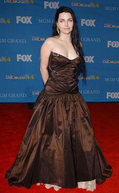 Amy Lee Evening Dress - Amy Lee Looks - StyleBistro