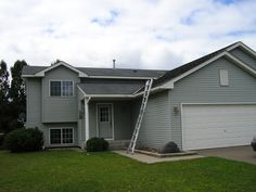 Split level exterior split level home and new houses on for Types of split level homes