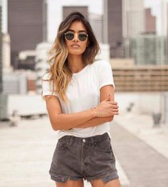 The perfect burnout t-shirt from Truly Madly Deeply in a casual but feminine just-fitted-enough cut with rounded hems, short sleeves and a crew neck. Available only here at Urban Outfitters. #ootd #fashionblogger #UrbanOutfitters #littleblackboots #LookAve #style #fashion #outfit #trendy #summer #chic #top
