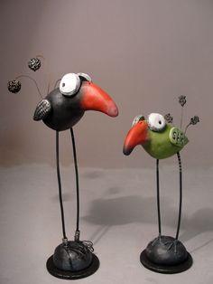 Pumpkinseeds Originals Folk Art Janell Berryman: Koo-Koo Crazy Birds-so cute! Polymer Clay Kunst, Polymer Clay Animals, Fimo Clay, Polymer Clay Projects, Polymer Clay Creations, Clay Birds, Paper Mache Crafts, Bird Sculpture, Sculpture Ideas