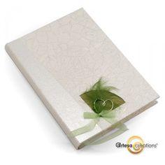 Livre d'or Coeur Anis points argent    http://www.artesa-creations.com/album-livre-d-or/741-livre-mariage-coeur-anis.html