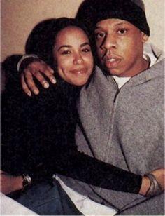 Aaliyah Death Photos of Celebrities Famous people of mahatma gandi of famous celebrities of nicole brwon simpson of Divya Bharti of Diana Of kurt Cobain of chris farley of david Carradine Rip Aaliyah, Aaliyah Style, 90s Hip Hop, Hip Hop Rap, Illuminati, Brice Lee, Photographie Indie, Aaliyah Haughton, 1990s