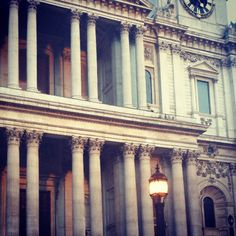 St. Paul's cathedral - the outside arches and columns #stpauls #cathedral #architecture #London #sightseeing #tourist #attraction #Romans #church #monument #photography - @l_christova- #webstagram