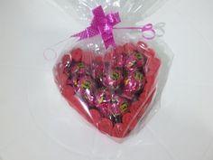 Coração porta bombons - YouTube Decoration, Handmade Gifts, Crafts, Youtube, Archangel, Videos, Valentine Day Crafts, Home Crafts, Toilet Paper Art