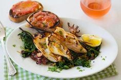 #Recipe for grilled calamari with spinach