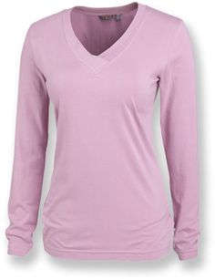 Merrell Tara V-Neck is made with supersoft cotton with a touch of stretch.