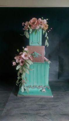 Threw boxes brought to life a romantic cake by MySugarFairyCakes