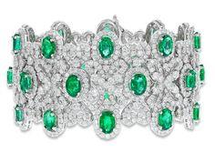 #Jewelry A limited edition piece, oval cut emerald and diamond bracelet.