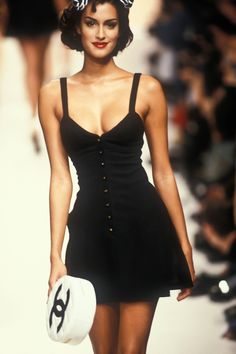 Yasmeen Ghauri CHANEL  RTW S/S 1995