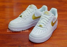 best website b6a2d c7702 Nike Air Force 1 Low