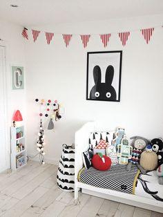 kids room, black + white + color   photo: (@artmarble) on Instagram; via fawnandforest.com