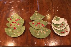 christmas tree paper plates