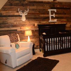 Simple Baby Boy Nursery Room Design Ideas – Decorating Ideas - Home Decor Ideas and Tips Baby Room Decor, Nursery Room, Cabin Nursery, Child's Room, Bedroom, Nursery Themes, Boy Hunting Nursery, Rustic Nursery Boy, Wood Wall Nursery