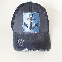 d79ef9fbe72 Under Armour hat EUC youth size under armour hat. Also fits small ...