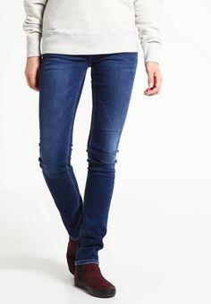 Pepe Jeans. VERA - Jeans slim fit - z65. Avvertenze:Lavaggio a macchina a 40 gradi. Lunghezza interna della gamba:85 cm nella taglia 27x32. Composizione:93% cotone, 6% Poliestere, 1% elastan. Lunghezza della gamba esterna:107 cm nella tag...