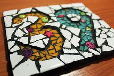 (1) HarperBizarreArt (@Harper_Bizarre) | Twitter House Number Plaque, House Numbers, Sarah Harper, Bizarre Art, Letters And Numbers, Cube, Deco, Twitter, Artist