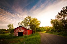 southern roads and barns