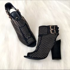 """Jessica Simpson Black Studded Peep Toe Booties NWT. Gorgeous Jessica Simpson ankle booties with a peep toe. Strap & buckle detailing. Side zip closure, lightly cushioned footbed. Chunky heel. Heel height is 4"""", circumference is 9.5"""", shaft is 6"""". Selected as a Host Pick for the Total Trendsetter Party Jessica Simpson Shoes Ankle Boots & Booties"""