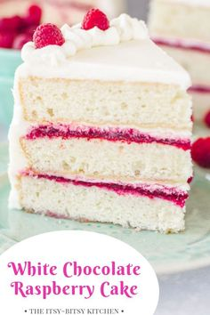 This recipe is is always a hit because it pairs intense white chocolate flavor with sweet-tart raspberries. White chocolate cake layers, EASY homemade raspberry filling–it's amazing! Easy Vanilla Cake Recipe, Chocolate Cake Recipe Easy, Homemade Chocolate, Chocolate Recipes, Chocolate Buttercream, Buttercream Frosting, Chocolate Biscuit Cake, Raspberry Buttercream, Brownie Desserts